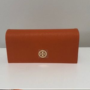 Tory Burch sunglasses case- never used